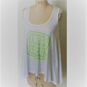 Threads 4 Thought Fresh & local graphic tee top S